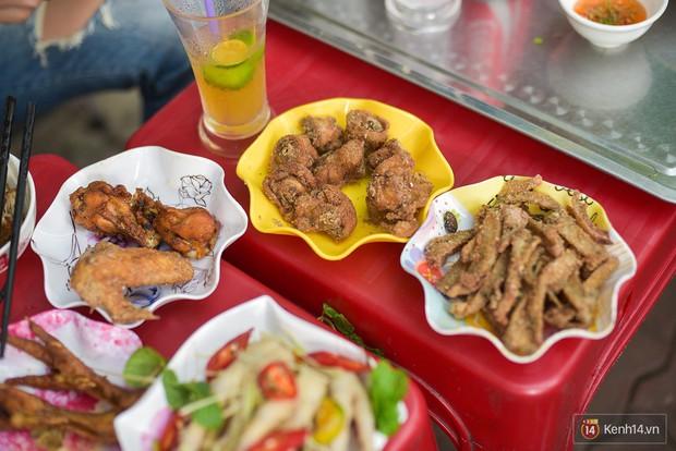 5 món từ chân gà ở Hà Nội mà chỉ cần đọc tên cũng đủ làm dân ăn vặt phải xuyến xao - Ảnh 5.