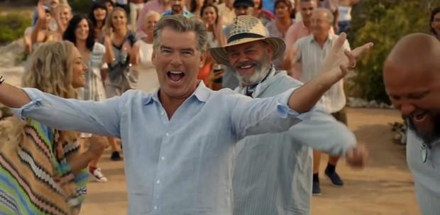 Xem Mamma Mia 2 nhớ giữ tim thật chặt kẻo lạc nhịp với dàn soái ca - soái ông đẹp ngất ngây - Ảnh 2.