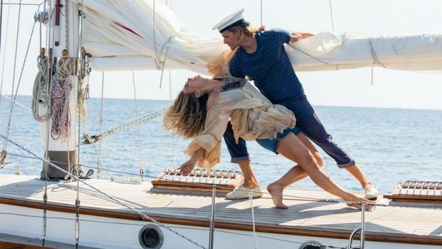 Xem Mamma Mia 2 nhớ giữ tim thật chặt kẻo lạc nhịp với dàn soái ca - soái ông đẹp ngất ngây - Ảnh 13.