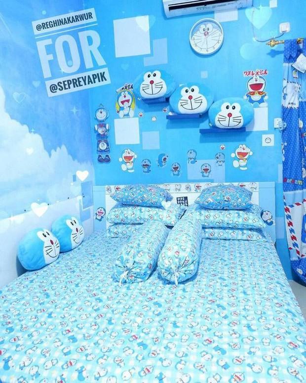 Gia đình kỳ lạ tại Indonesia cuồng Doraemon tới nỗi dán hình Doraemon khắp ngôi nhà - Ảnh 11.