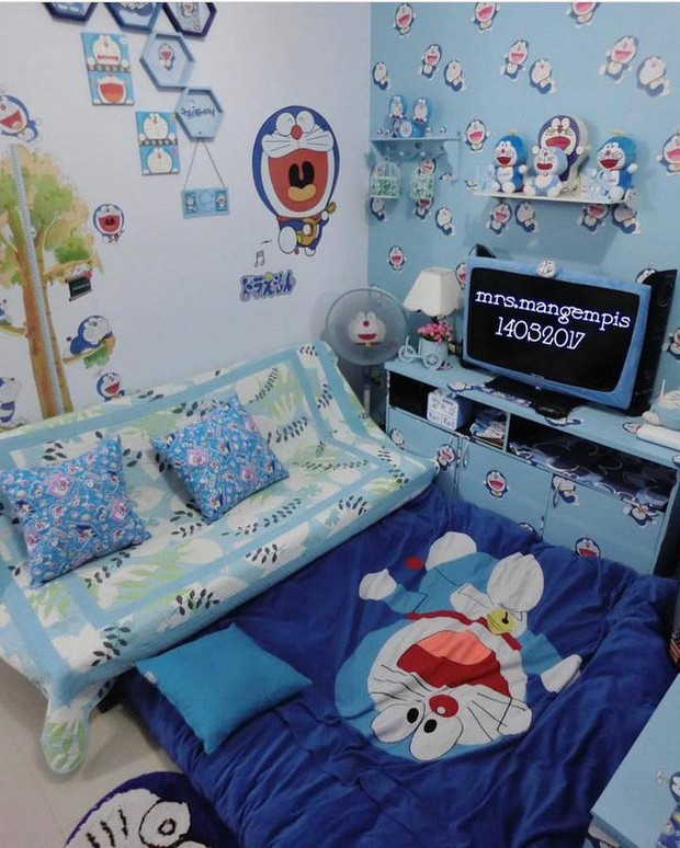 Gia đình kỳ lạ tại Indonesia cuồng Doraemon tới nỗi dán hình Doraemon khắp ngôi nhà - Ảnh 13.