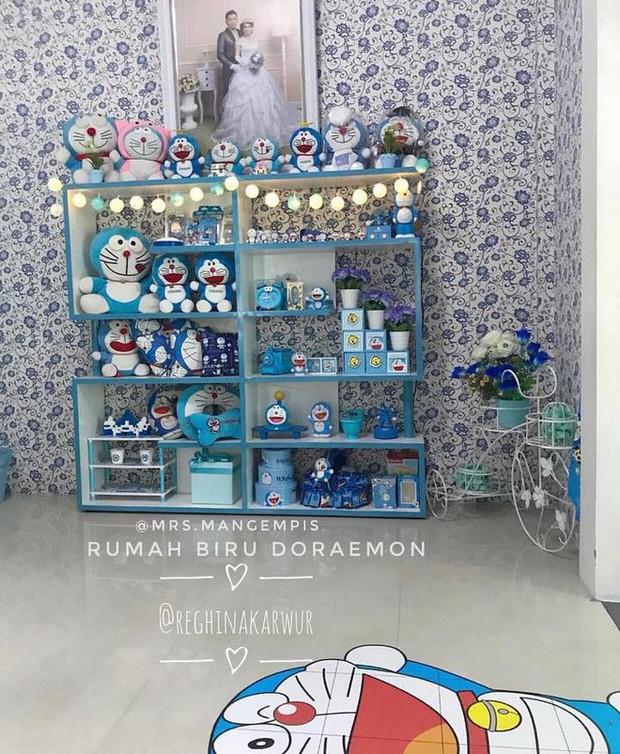 Gia đình kỳ lạ tại Indonesia cuồng Doraemon tới nỗi dán hình Doraemon khắp ngôi nhà - Ảnh 18.