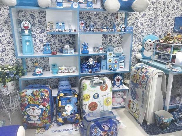 Gia đình kỳ lạ tại Indonesia cuồng Doraemon tới nỗi dán hình Doraemon khắp ngôi nhà - Ảnh 4.