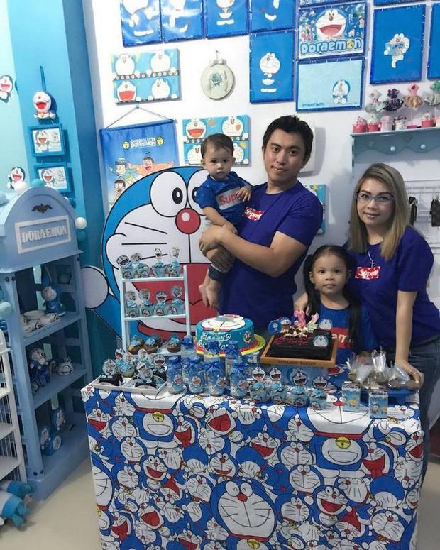 Gia đình kỳ lạ tại Indonesia cuồng Doraemon tới nỗi dán hình Doraemon khắp ngôi nhà - Ảnh 8.
