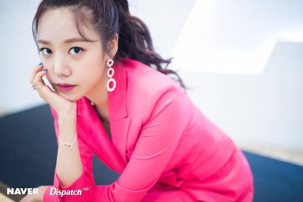 Top thần tượng nữ hot nhất tháng 7: Jennie (Black Pink) chễm chệ ngôi vương, top 5 toàn các nhân vật gây tranh cãi - Ảnh 3.