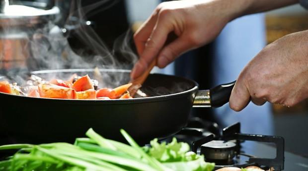 7 nguyên tắc đơn giản giúp phòng tránh ngộ độc thực phẩm trong mùa hè - Ảnh 5.