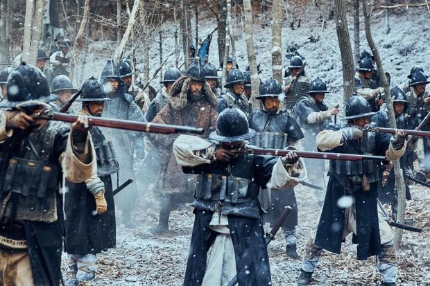 """Nỗi ô nhục nghìn thu của triều đại Joseon qua lăng kính điện ảnh trong """"Nam Hán Sơn Thành"""" - Ảnh 4."""
