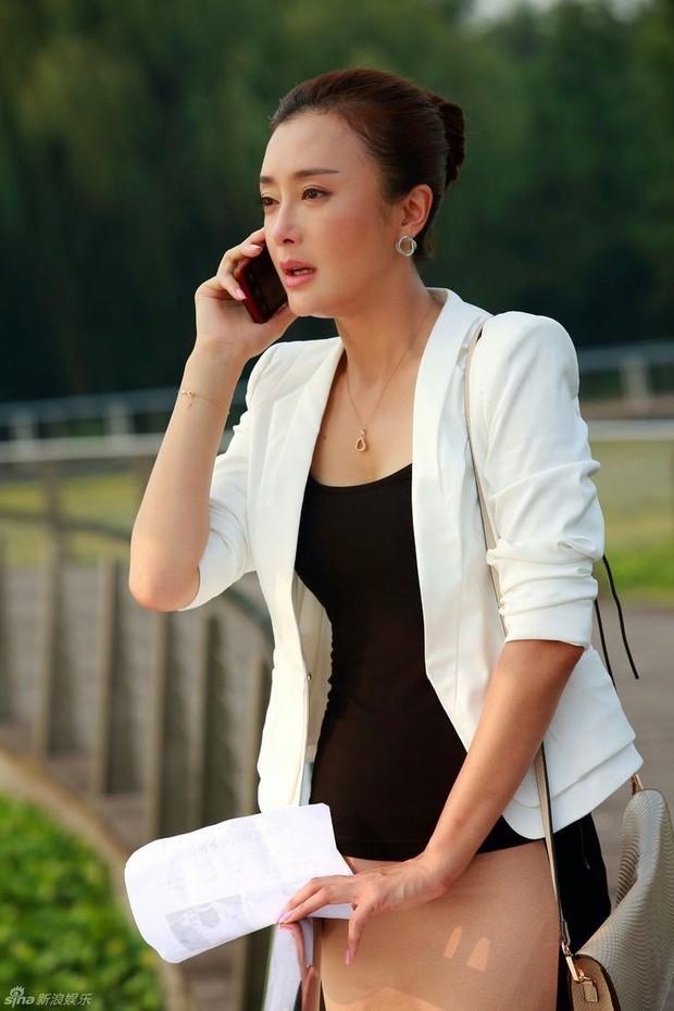 Tần Lam - Hoàng Hậu của Diên Hi Công Lược từng bỏ rơi Huỳnh Hiểu Minh lúc đau ốm, đối diện với nghi vấn thẩm mỹ - Ảnh 6.