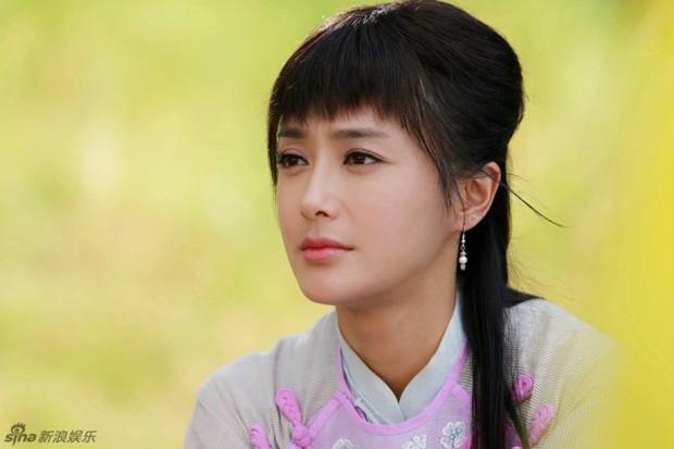 Tần Lam - Hoàng Hậu của Diên Hi Công Lược từng bỏ rơi Huỳnh Hiểu Minh lúc đau ốm, đối diện với nghi vấn thẩm mỹ - Ảnh 7.