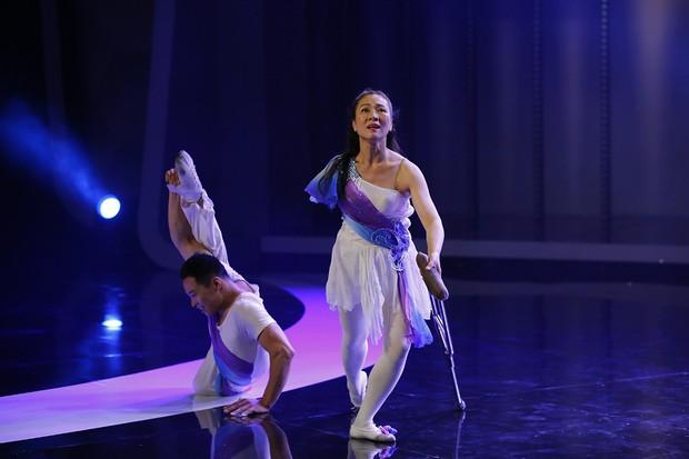 Người bí ẩn: 2 nghệ sĩ khuyết tật người Trung Quốc tái hiện tiết mục từng gây sốt trên thế giới - Ảnh 3.