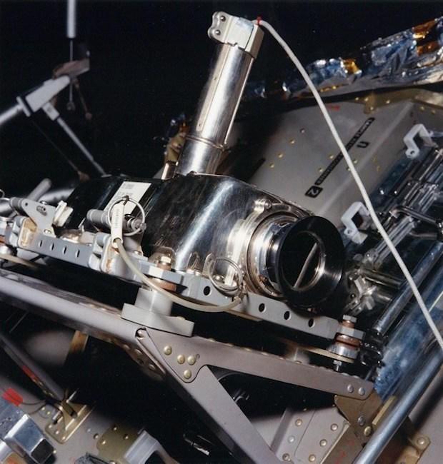 Ai là người quay/chụp lại khoảnh khắc Neil Armstrong trở thành người đầu tiên đặt chân lên Mặt Trăng? - Ảnh 2.