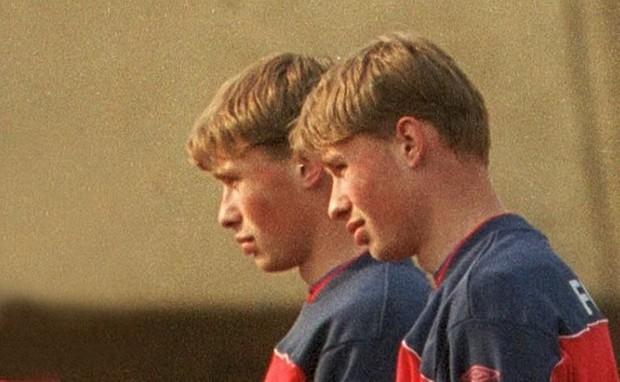 Câu chuyện anh em nhà Berezutski không đá World Cup - Ảnh 12.