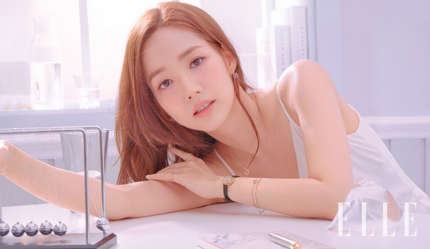 Park Min Young là thư ký sành điệu nhưng style ngoài đời giản dị vô cùng- Ảnh 22.