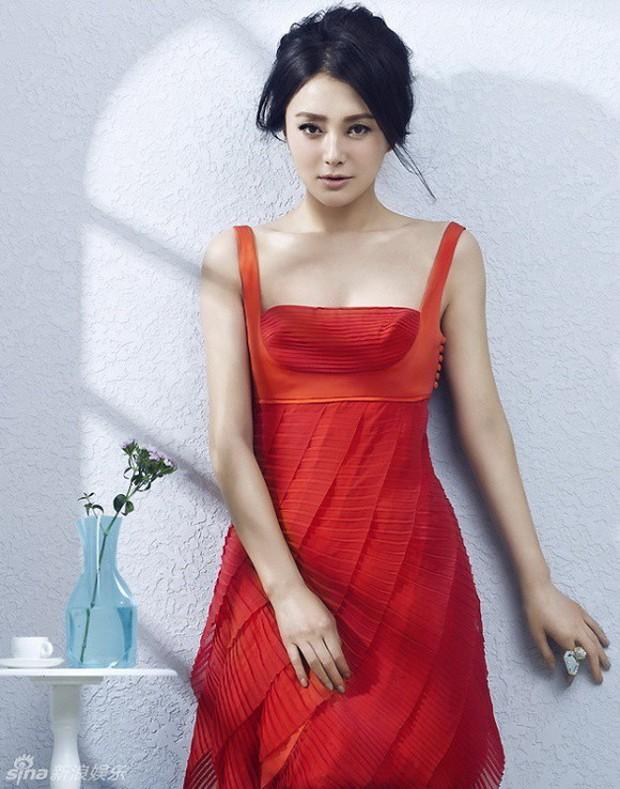 Tần Lam - Hoàng Hậu của Diên Hi Công Lược từng bỏ rơi Huỳnh Hiểu Minh lúc đau ốm, đối diện với nghi vấn thẩm mỹ - Ảnh 10.
