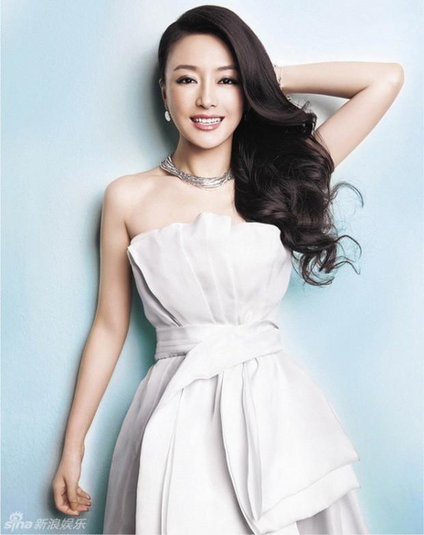 Tần Lam - Hoàng Hậu của Diên Hi Công Lược từng bỏ rơi Huỳnh Hiểu Minh lúc đau ốm, đối diện với nghi vấn thẩm mỹ - Ảnh 11.
