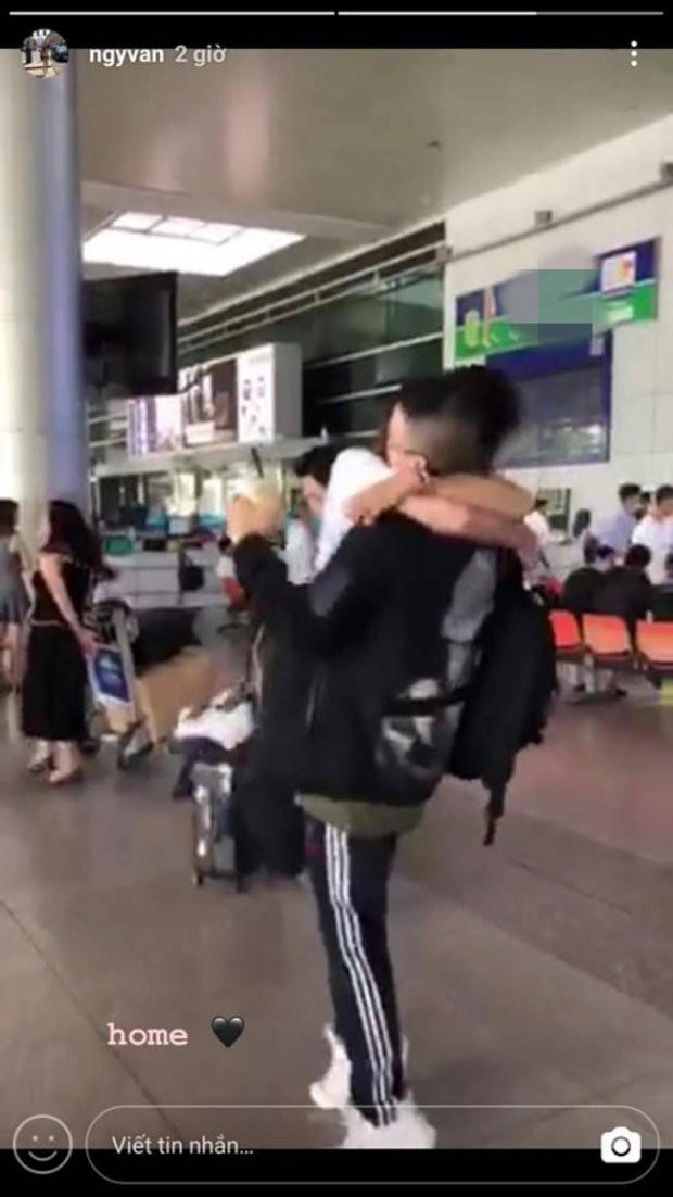 Bạn gái của Huỳnh Anh bất ngờ trở về Việt Nam giữa lúc bạn trai ngụp lặn vì scandal? - Ảnh 4.