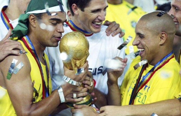 Cầu thủ nào từng vô địch Champions League, World Cup trong cùng một năm? - Ảnh 2.