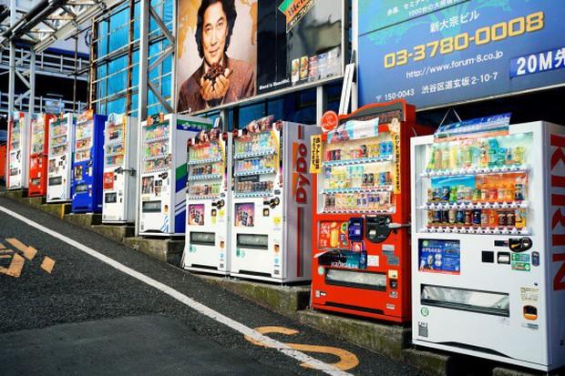 Ở Nhật, ra ngõ là gặp ngay máy bán hàng tự động và đây là 6 lí do cực cool của nó - Ảnh 3.