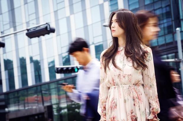 Let Me Introduce Her: Phim Hàn mới chiếu đã gây sốt ruột vì... quá điêu - Ảnh 3.