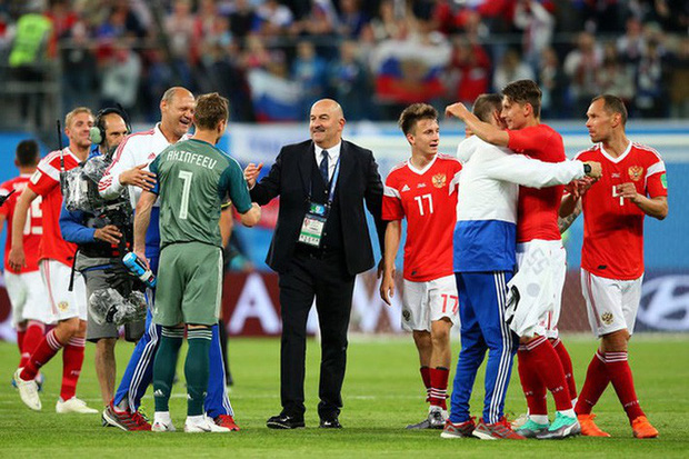 Tuyển Nga được thưởng đậm hơn cả nhà vô địch World Cup - Ảnh 1.