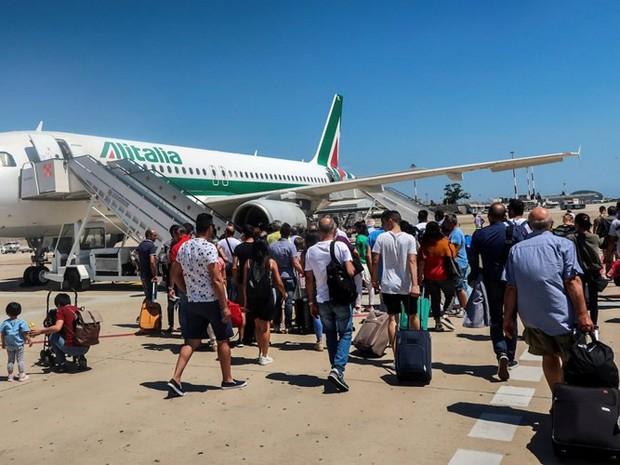 Hình ảnh cho thấy những đổi thay trong các chuyến bay xưa và nay - Ảnh 12.