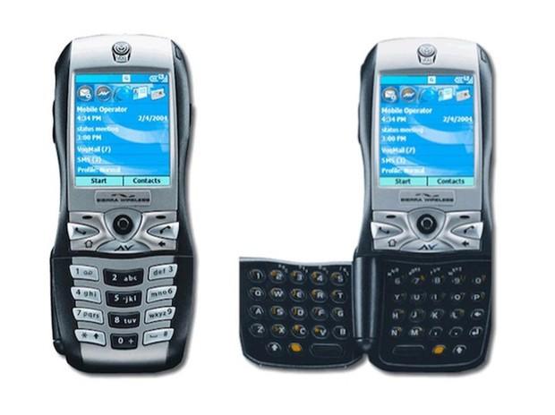 Đây là 10 chiếc điện thoại xấu nhất từ trước đến nay! - Ảnh 9.