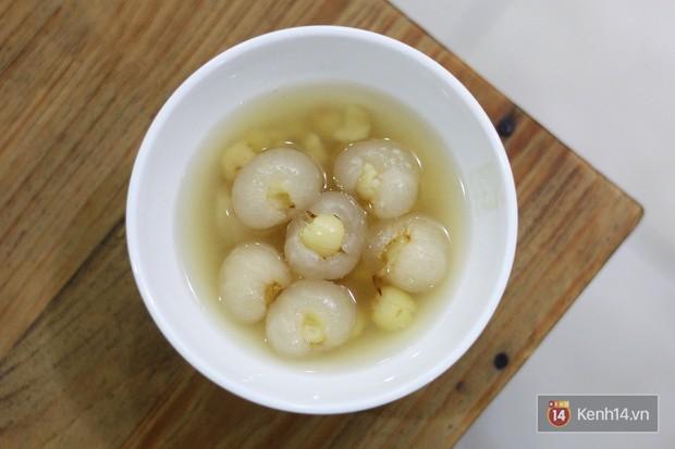 Ở Hà Nội có một món chè mà nhất định đến mùa thì ăn mới ngon - Ảnh 2.