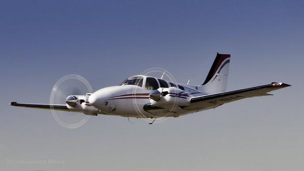 Máy bay chở Bộ trưởng Paraguay biến mất bí ẩn - Ảnh 1.