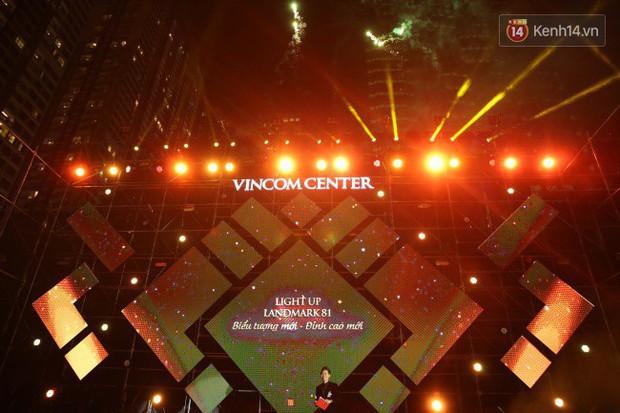 Màn pháo hoa cùng bữa tiệc ánh sáng đèn LED hoành tráng ghi dấu sự kiện ra mắt Vincom Center Landmark 81 - Ảnh 4.