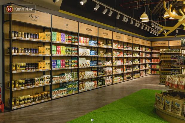 """Cận cảnh VinMart trong toà nhà cao nhất Việt Nam: Ai bảo siêu thị là không thể """"chất"""", không thể cool? - Ảnh 2."""