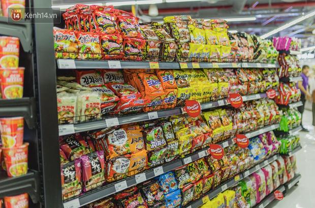 """Cận cảnh VinMart trong toà nhà cao nhất Việt Nam: Ai bảo siêu thị là không thể """"chất"""", không thể cool? - Ảnh 18."""