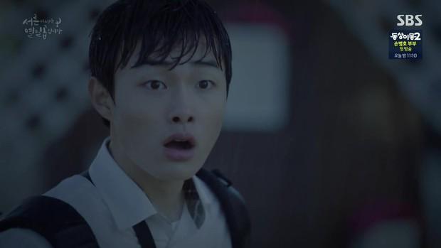 Phim Hàn Still 17: Bạn sẽ làm gì khi tỉnh dậy và bỗng từ thiếu nữ 17 thành... chị già 30? - Ảnh 4.