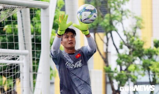 Đây là cầu thủ kỳ lạ nhất Olympic Việt Nam mà HLV Park Hang Seo triệu tập - Ảnh 1.