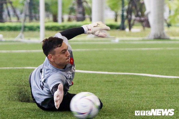 Đây là cầu thủ kỳ lạ nhất Olympic Việt Nam mà HLV Park Hang Seo triệu tập - Ảnh 2.