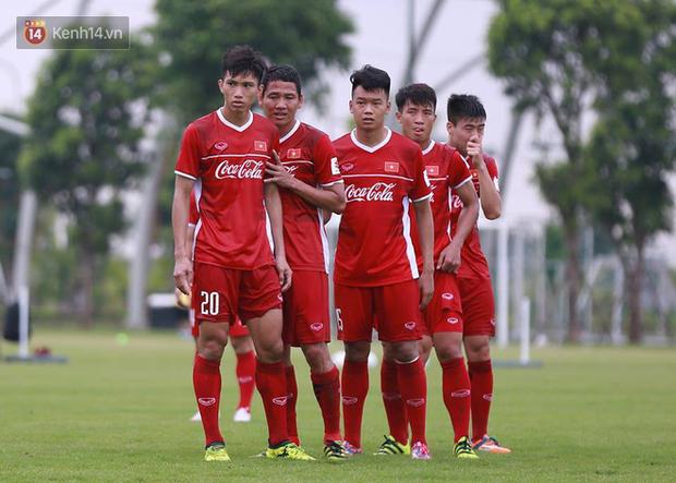 U23 Việt Nam tập chiêu đá phạt góc như đội tuyển Anh ở World Cup 2018 - Ảnh 2.