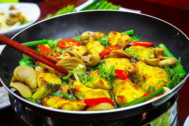 Thời tiết này ở Hà Nội mà ngồi nhâm nhi mấy món từ cá thì đúng là hết sẩy - Ảnh 2.