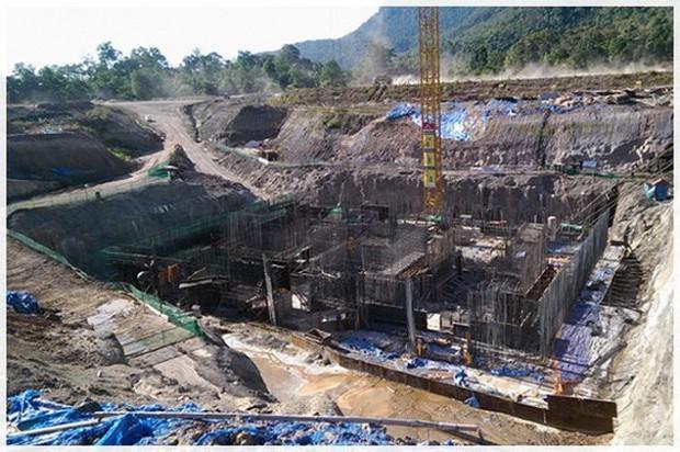 Bộ trưởng Lào: Đập thủy điện vỡ do xây dựng không đạt tiêu chuẩn - Ảnh 1.