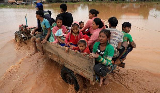 Bộ trưởng Lào: Đập thủy điện vỡ do xây dựng không đạt tiêu chuẩn - Ảnh 2.