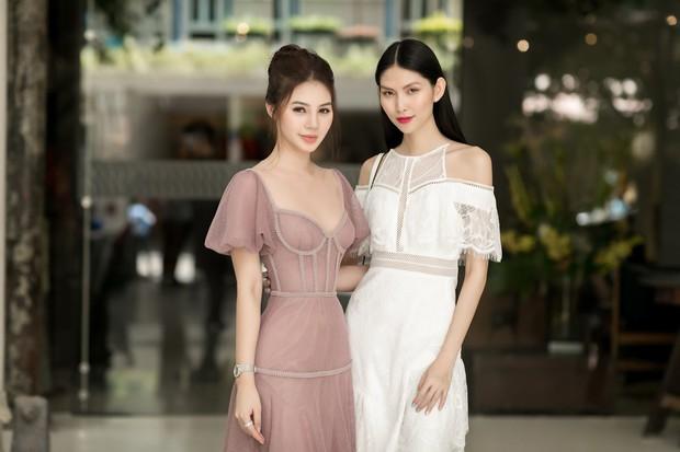 Hoa hậu Jolie Nguyễn gây thương nhớ với nhan sắc mong manh như công chúa tại sự kiện - Ảnh 7.