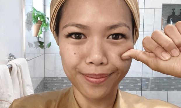 """Phương pháp massage """"6 bước, 3 động tác"""" có gì đặc biệt mà khiến gương mặt cô nàng này thon gọn chỉ sau 1 phút - Ảnh 1."""