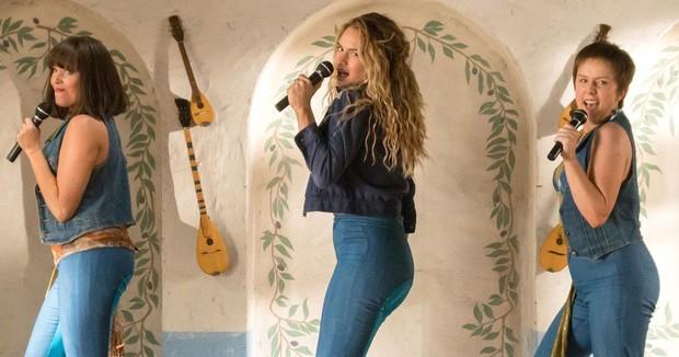 Mở to mắt ra mà xem nàng thơ của Mamma Mia! chỉ cách khiến cả thế giới phải yêu đây này! - Ảnh 4.