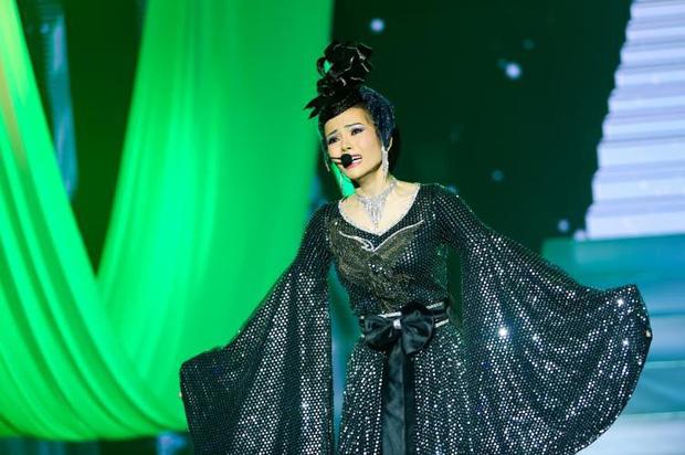 Chị gái sinh đôi hỗ trợ Duy Khánh quậy tưng sân khấu Gương mặt thân quen - Ảnh 11.