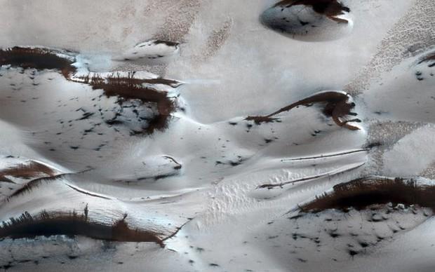 Cận cảnh bề mặt kỳ thú trên Sao Hỏa trong loạt ảnh mới nhất của NASA - Ảnh 8.