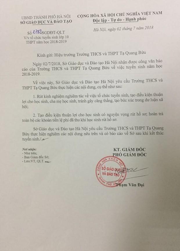 Sở GD&ĐT Hà Nội yêu cầu trường Tạ Quang Bửu trả lại lệ phí đã thu khi học sinh rút hồ sơ - Ảnh 1.
