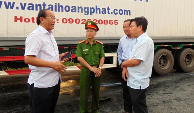 Tai nạn ở Quảng Nam: Nguyên nhân ban đầu vụ tai nạn xe rước dâu - Ảnh 3.