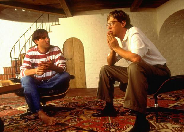 Ý nghĩa cảm động đằng sau chiếc máy tính đầu tiên của Apple được Bill Gates vinh danh tại trụ sở Microsoft - Ảnh 3.