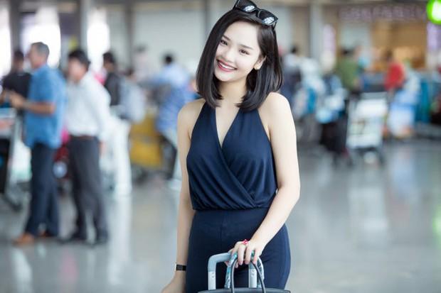 Chẳng ai bảo ai, sao Việt đều tư tưởng lớn gặp nhau trong việc chọn đây là nơi phô trương hàng hiệu xa xỉ - Ảnh 18.