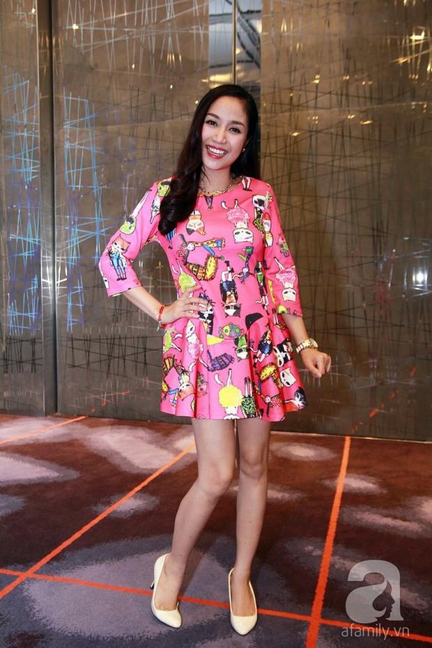 Ngoài Diệp Lâm Anh, còn có 20 người đẹp nổi tiếng bụng to vượt mặt vẫn diện giày cao gót chứng minh: bầu có quyền đẹp - Ảnh 7.