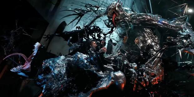 Bầy quái vật ký sinh quay sang đánh nhau trong trailer mới của Venom  - Ảnh 4.