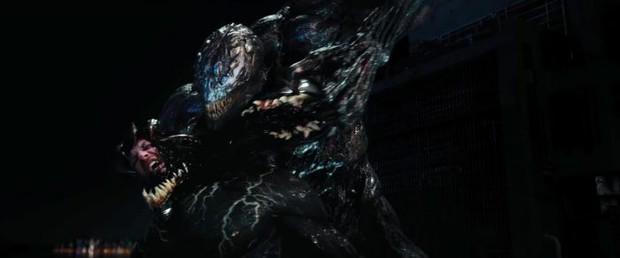 Bầy quái vật ký sinh quay sang đánh nhau trong trailer mới của Venom  - Ảnh 6.